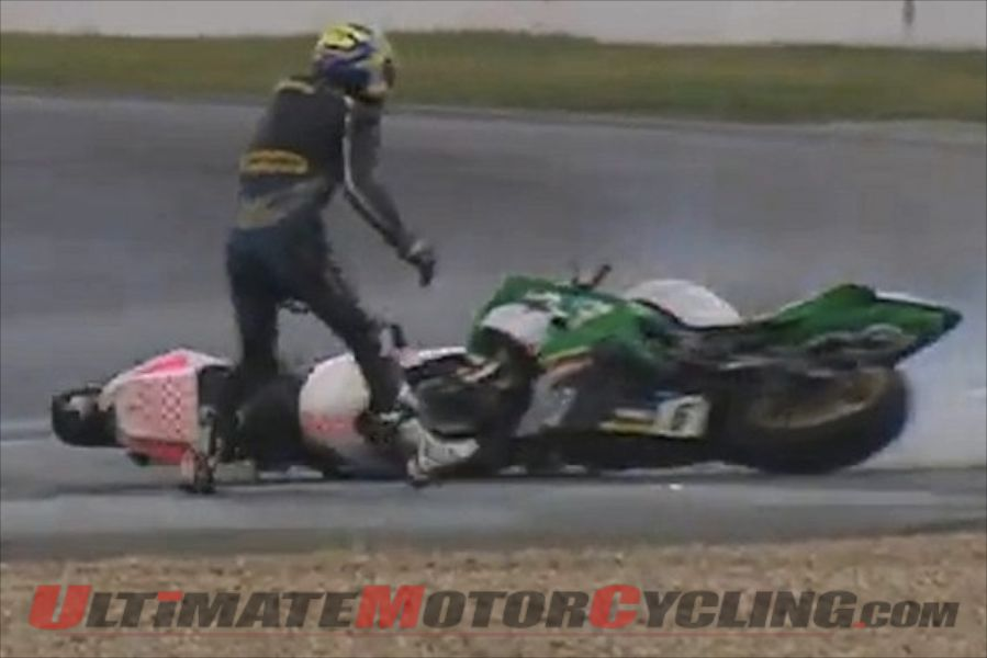 2011-odd-and-unusual-motorcycle-crash-video (1)