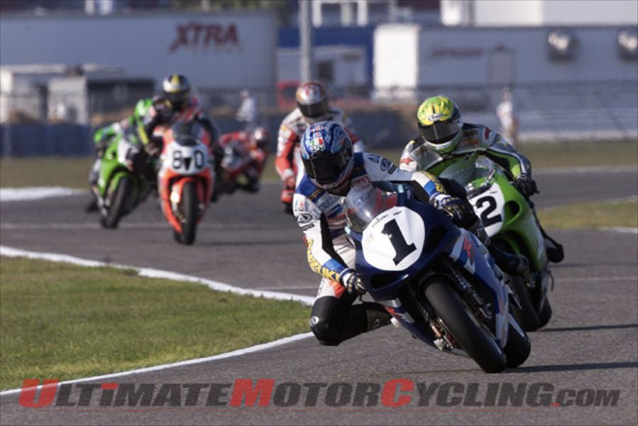 Yoshimura Suzuki's Mat Mladin at 2004 Daytona 200. He won the endurance race that year - the final year to use SuperBike machinery. But that changes in 2015.