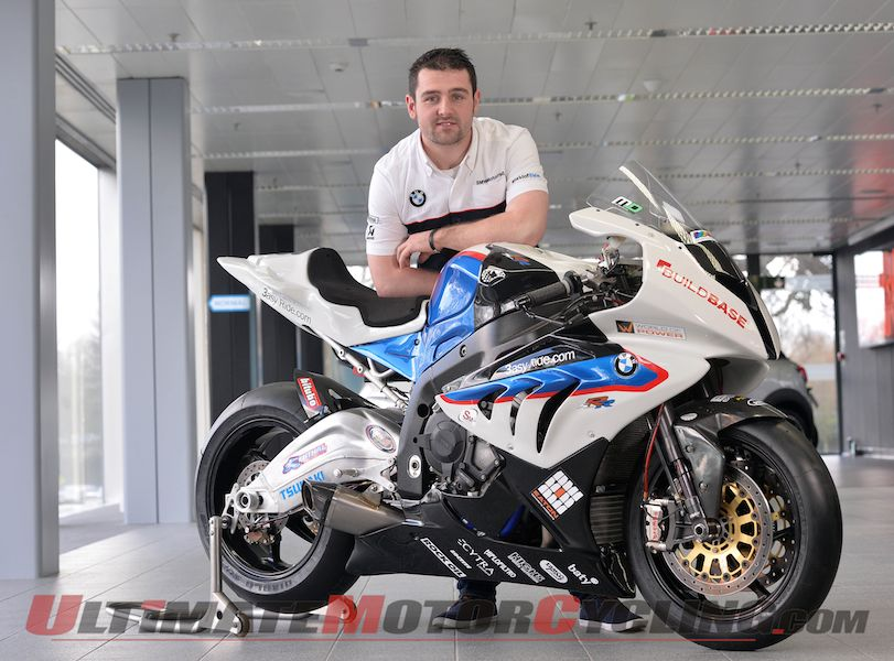 Michael Dunlop next to the Hawk Racing BMW S 1000 RR