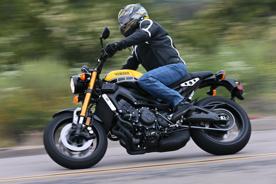 2016 Yamaha XSR900 First Review Top Speed