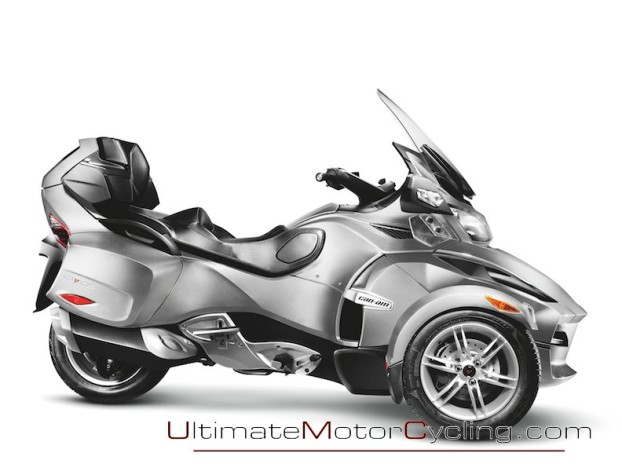 2010_Can-Am_Spyder_RT_Roadster_Touring 3
