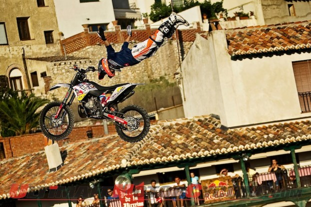 2010-fmx-red-bull-x-fighters-preview-spain 5