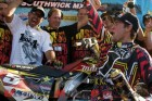 2010-ama-motocross-dungey-jumps-into-history 5