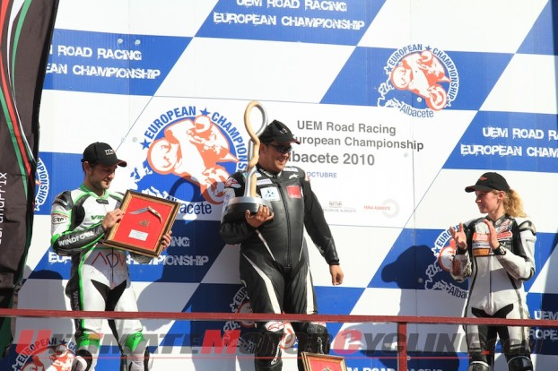 2010-ttxgp-electric-motorcycle-champions-munch-racing 3
