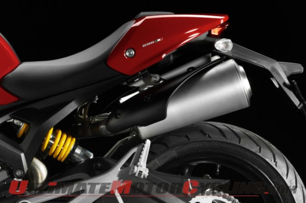 2011-ducati-monster-696-preview 3