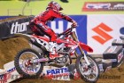 2011-ama-supercross-canard-crash-breaks-femur 4