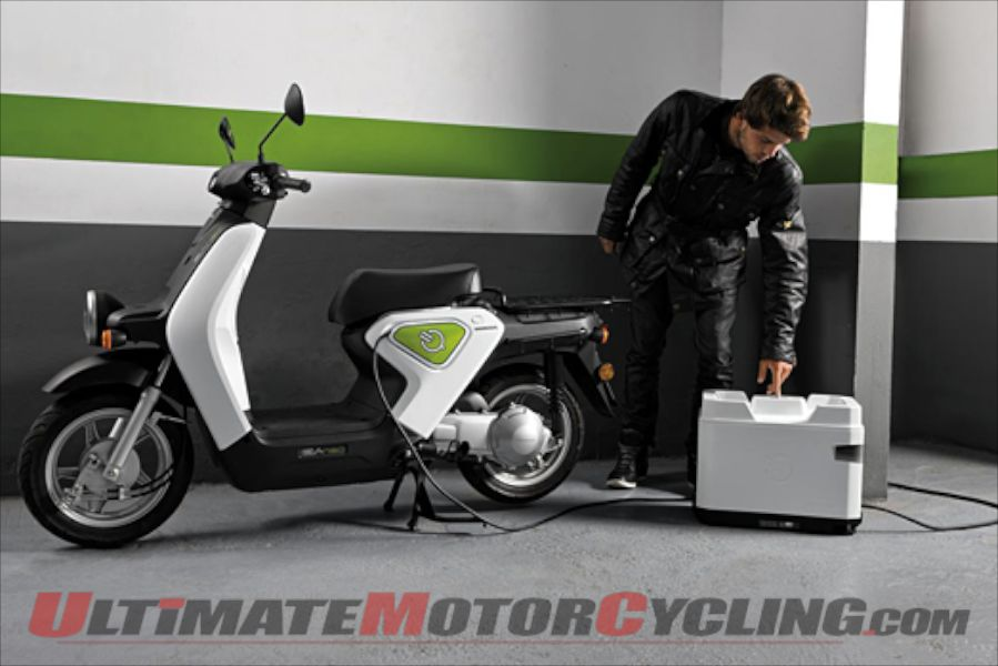 2011-honda-ev-neo-electric-scooter-debut