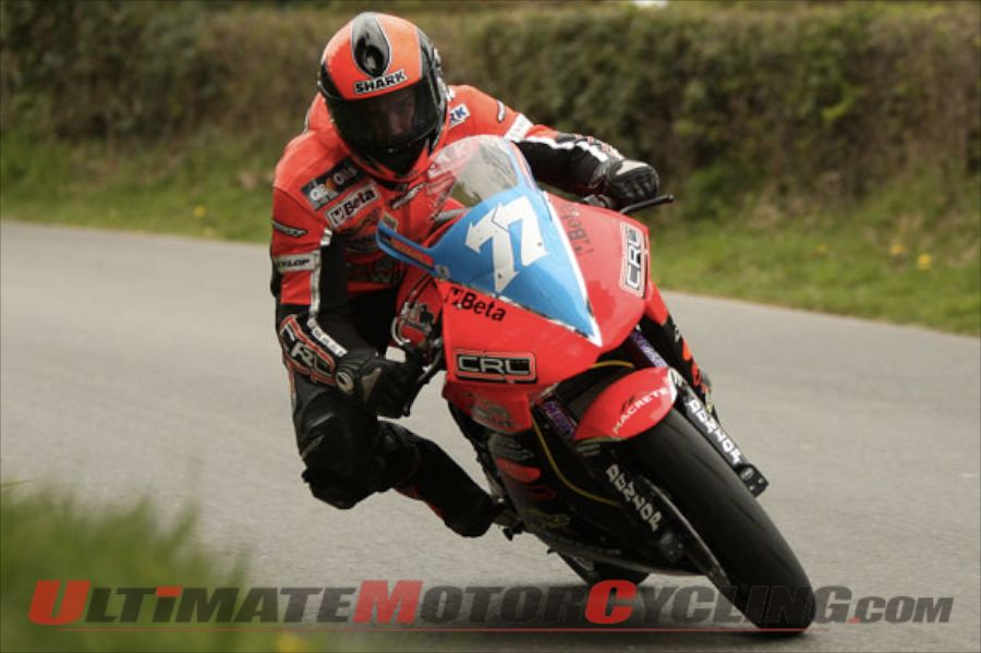 2011-lightweight-super-twin-race-to-2012-iomtt (1)
