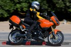 2011-triumph-tiger-1050-se-review 3