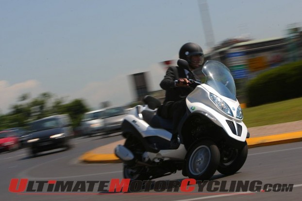 2011-piaggio-mp3-hybrid-quick-look 4