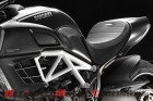 2012-ducati-diavel-amg-wallpaper 5
