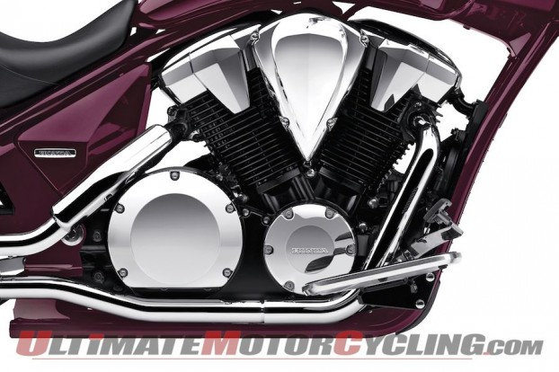 2012-honda-interstate-vt1300ct-preview 2