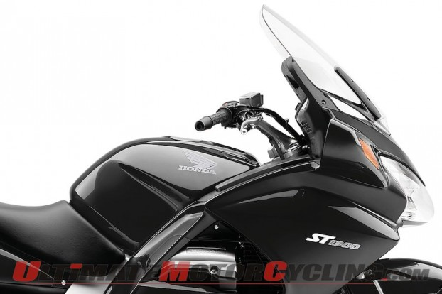2012-honda-st-1300-abs-preview 3