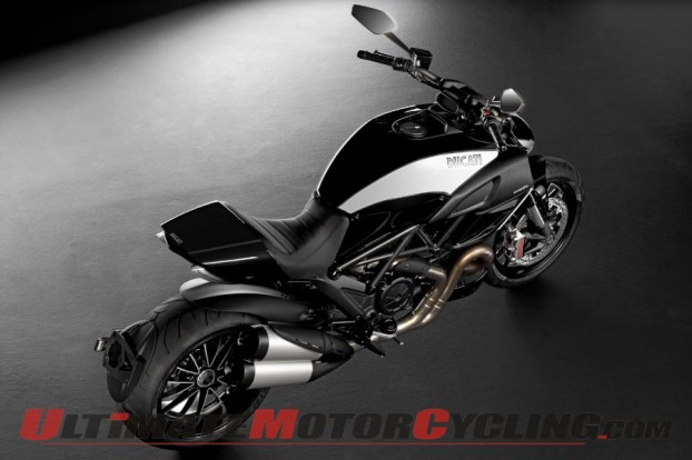 2012-ducati-diavel-cromo-preview 5