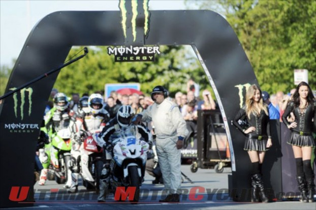 2012-isle-of-man-tt-dunlop-wins-supersport-two 1
