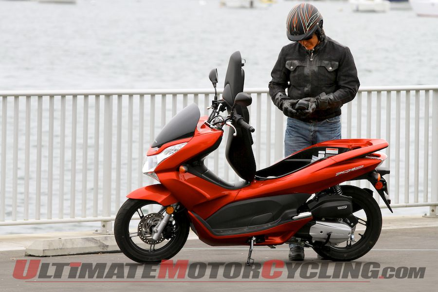 2013 Honda Pcx150 Scooter Review