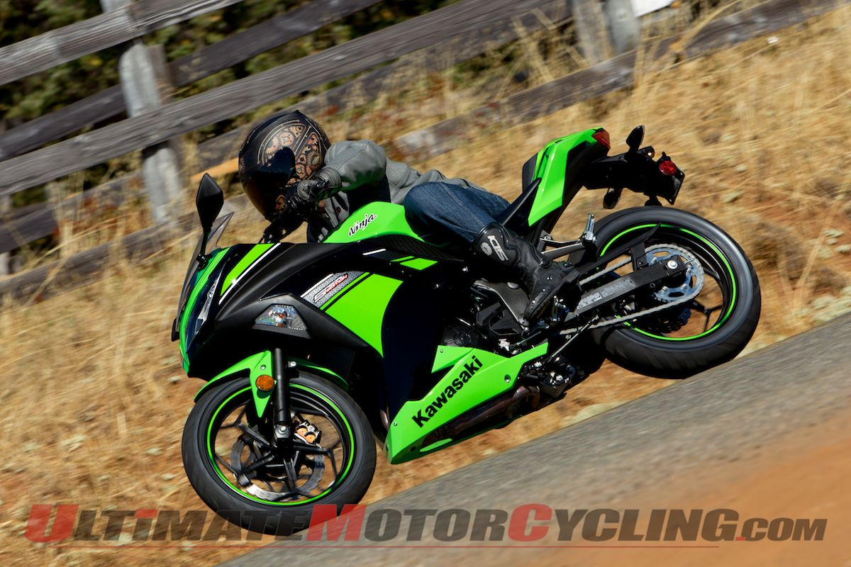 2013_Kawasaki_Ninja_300_SE_ABS_First_Ride_Review 5