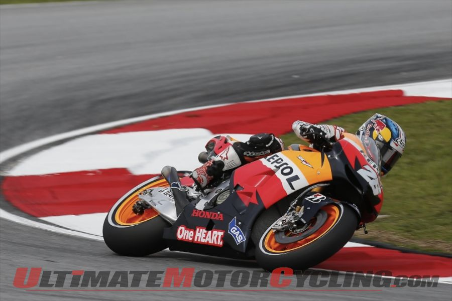 2012-lorenzo-recording-breaking-pole-at-sepang 2