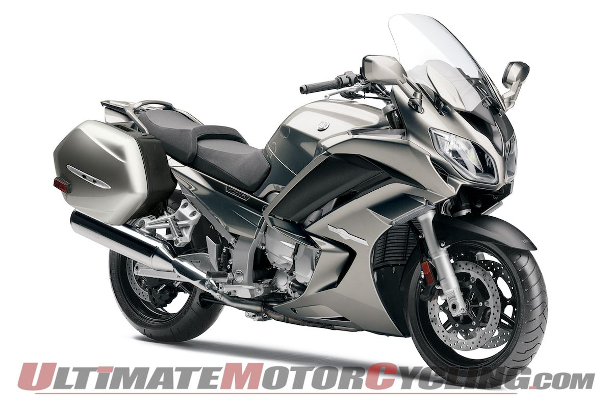 2013-yamaha-fjr1300a-studio-wallpaper 4