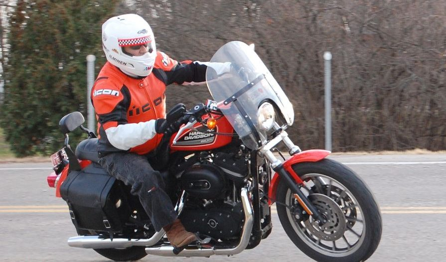 2012-icon-overlord-prime-motorcycle-jacket-review 4