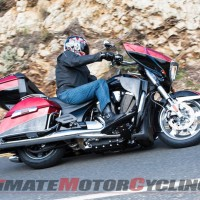 2013 Victory 15th Anniversary Cross Country Tour LE | Review