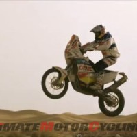 Red Bull KTM's 'Chaleco' Lopez Stunts in South American Desert (Video)