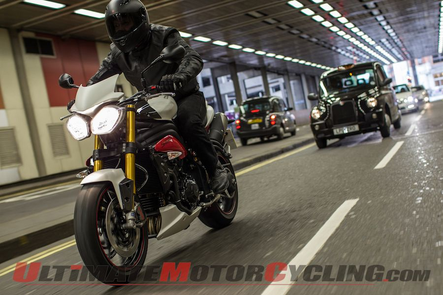 2014 Triumph Speed Triple R ABS Review | Analog Rider's Delight