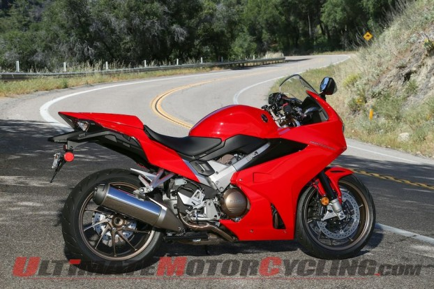 2014-honda-vfr800f-photo-gallery 21