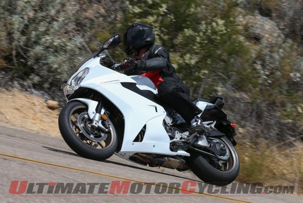2014-honda-vfr800f-photo-gallery 32