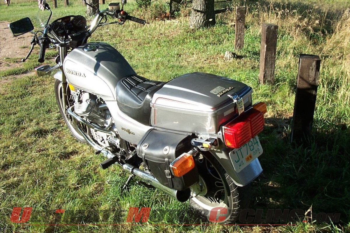 Strange Honda Gl500 Silver Wing A Practical Radical Squirreltailoven Fun Painted Chair Ideas Images Squirreltailovenorg