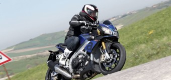 2016 Aprilia Tuono V4 1100 RR Review – Attack on Demand