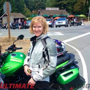 2015 Kawasaki Versys 650 LT Review | True 'Light Touring' Kelly Callan
