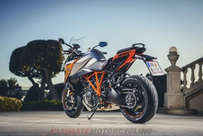 2017 KTM Super Duke GT backside