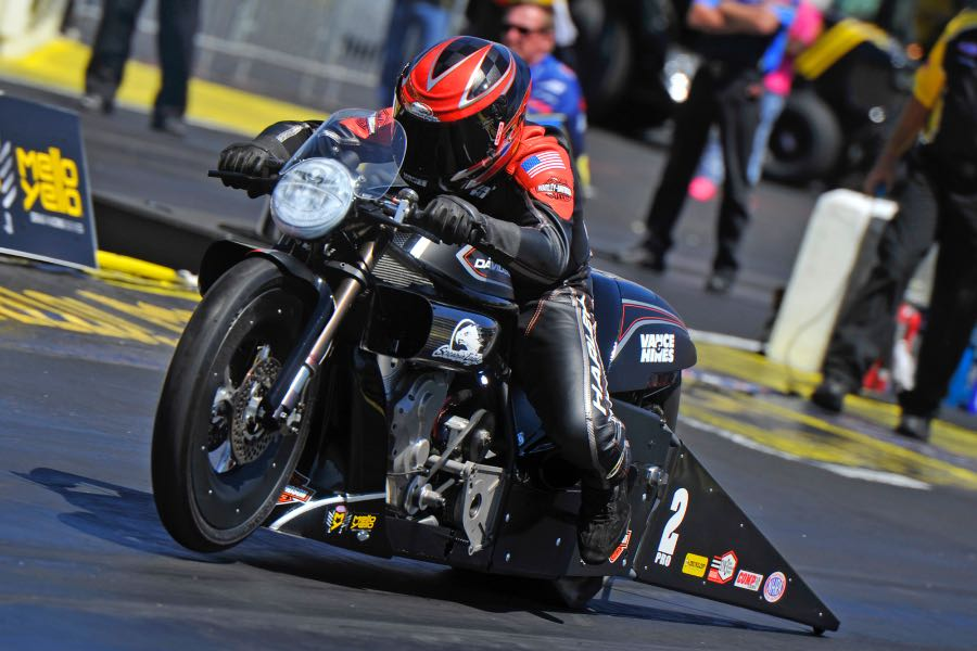 Harley's Krawiec Dominates NHRA Southern Nationals on V-Rod