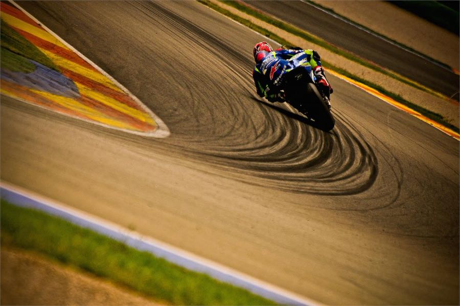 Team Suzuki Ecstar Focuses on GSX-RR Chassis - vinales at test
