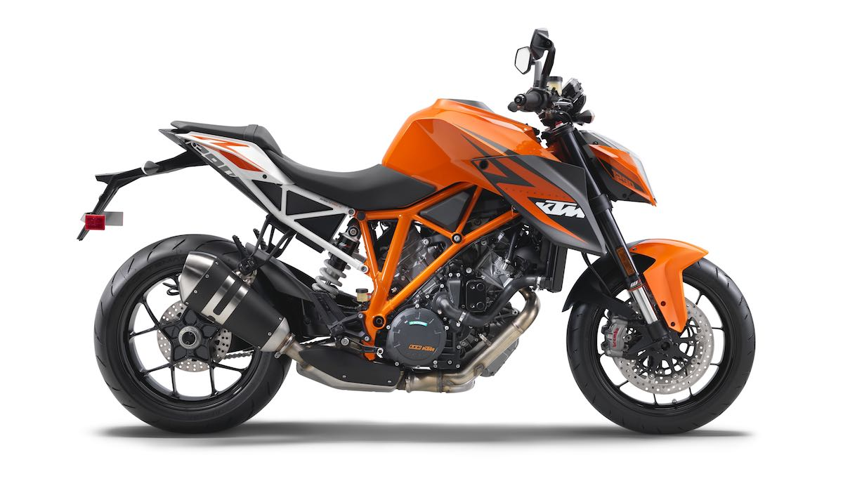 2016 ktm 1290 super duke r buyer 39 s guide. Black Bedroom Furniture Sets. Home Design Ideas