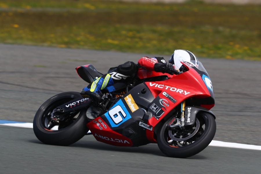 William Dunlop to Pilot Victory RR at SES TT Zero
