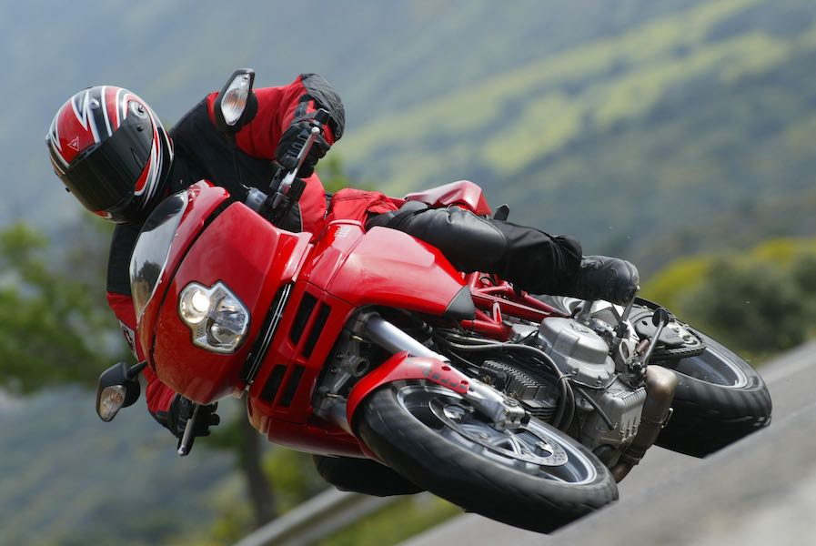2004 Ducati 1000DS Multistrada Retro Review | Digging Into Archives
