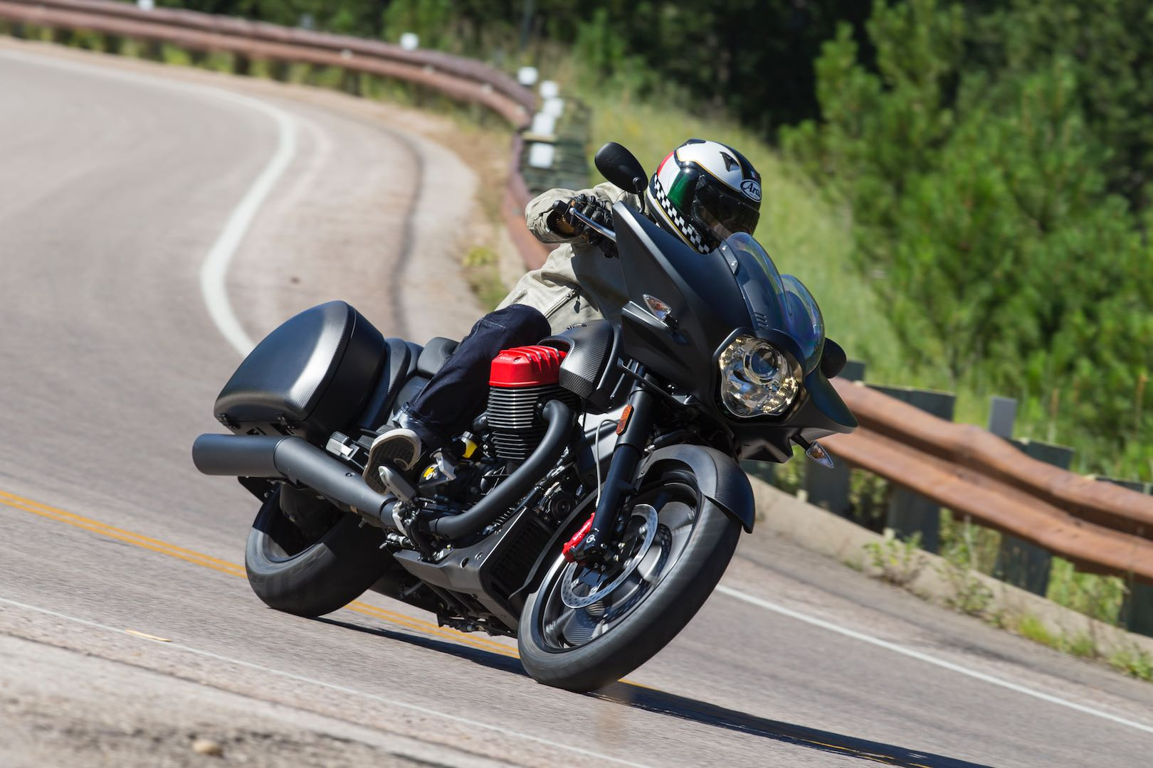 2017 Moto Guzzi MGX-21 Flying Fortress Review: 3000-Mile Test from Sturgis to PA