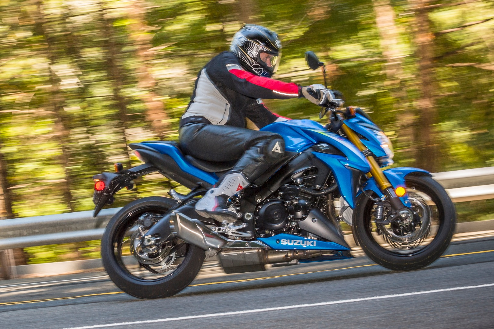 Suzuki GSX-S 1000, an Ultimate Motorcycling Top 25 Bike of 2016