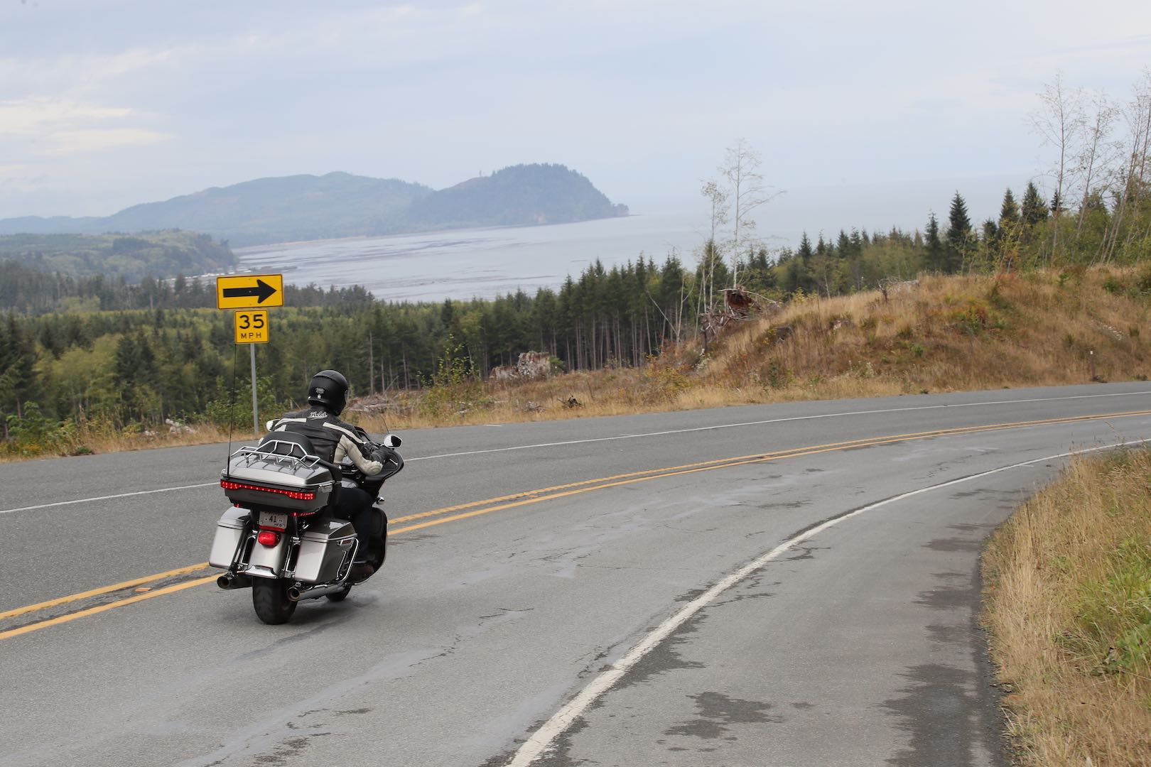 2017 Harley-Davidson Road Glide Ultra Review | 107 First Ride
