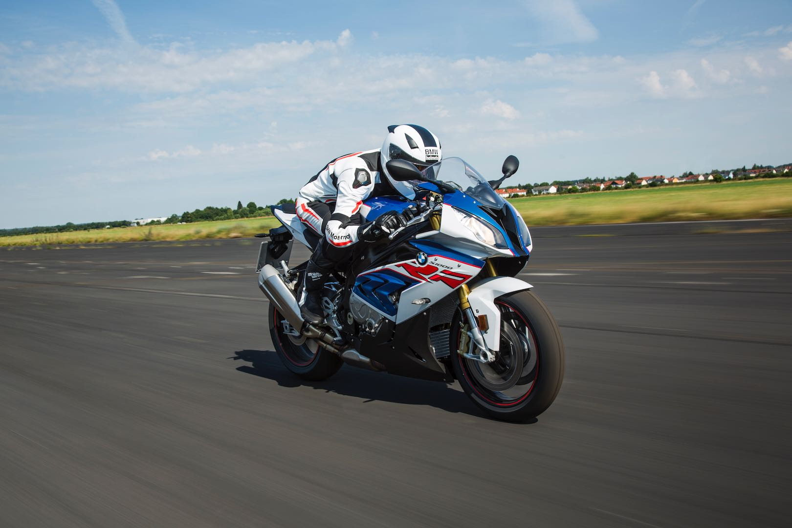 2017 BMW S 1000 RR First Look | 7 Updates & Photo Gallery
