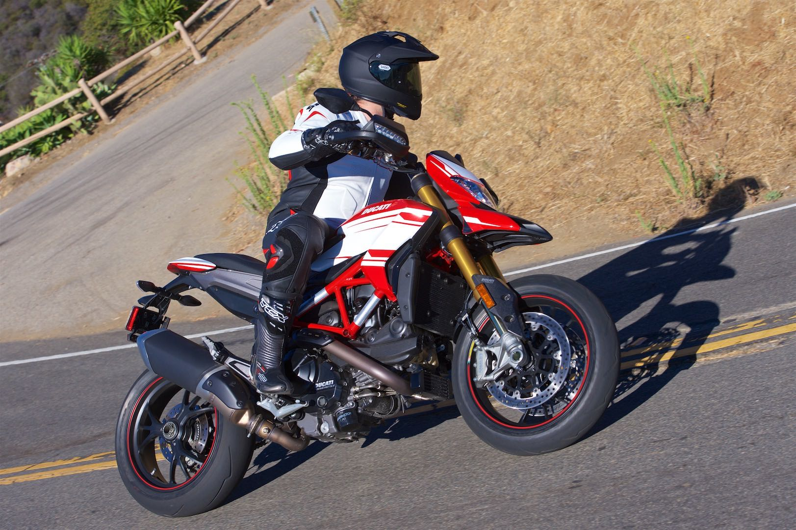 2016 Ducati Hypermotard 939 SP lean