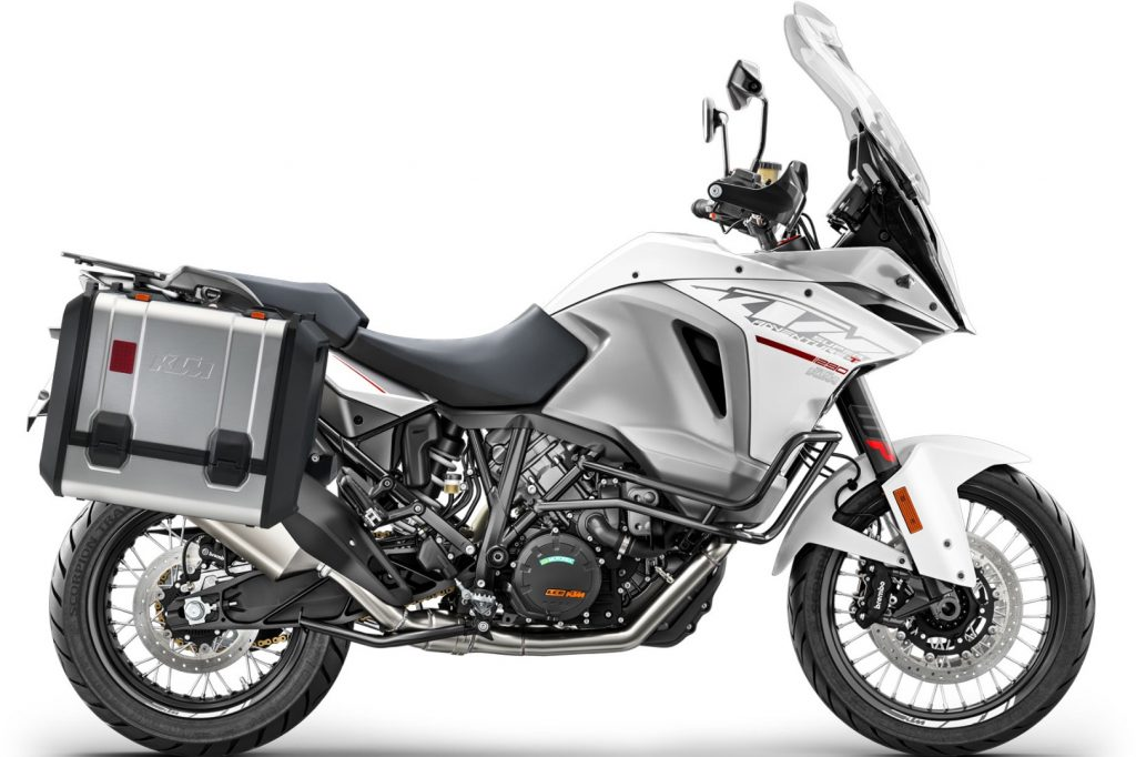 2017 KTM 1290 Super Adventure T -  US edition