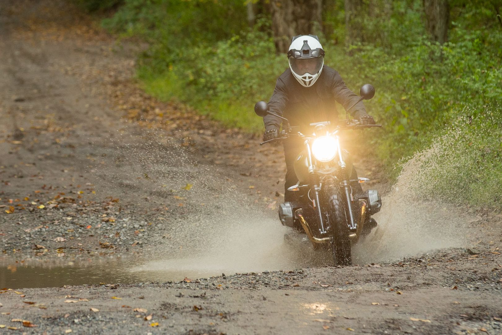 2017 BMW R nineT Scrambler in dirt