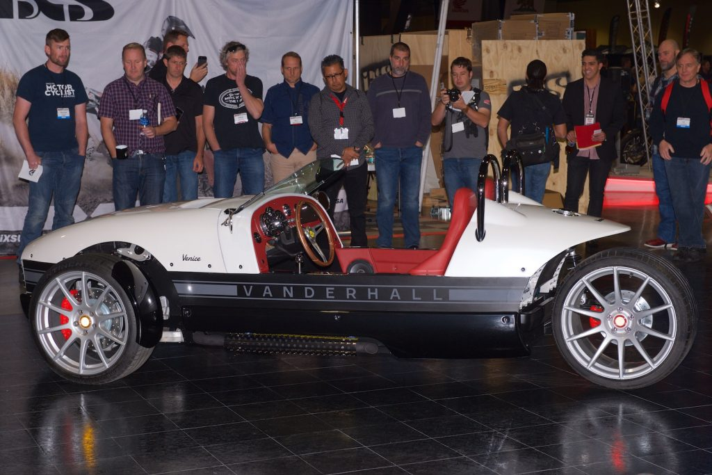 2016-ims-long-beach-vanderhall-venice