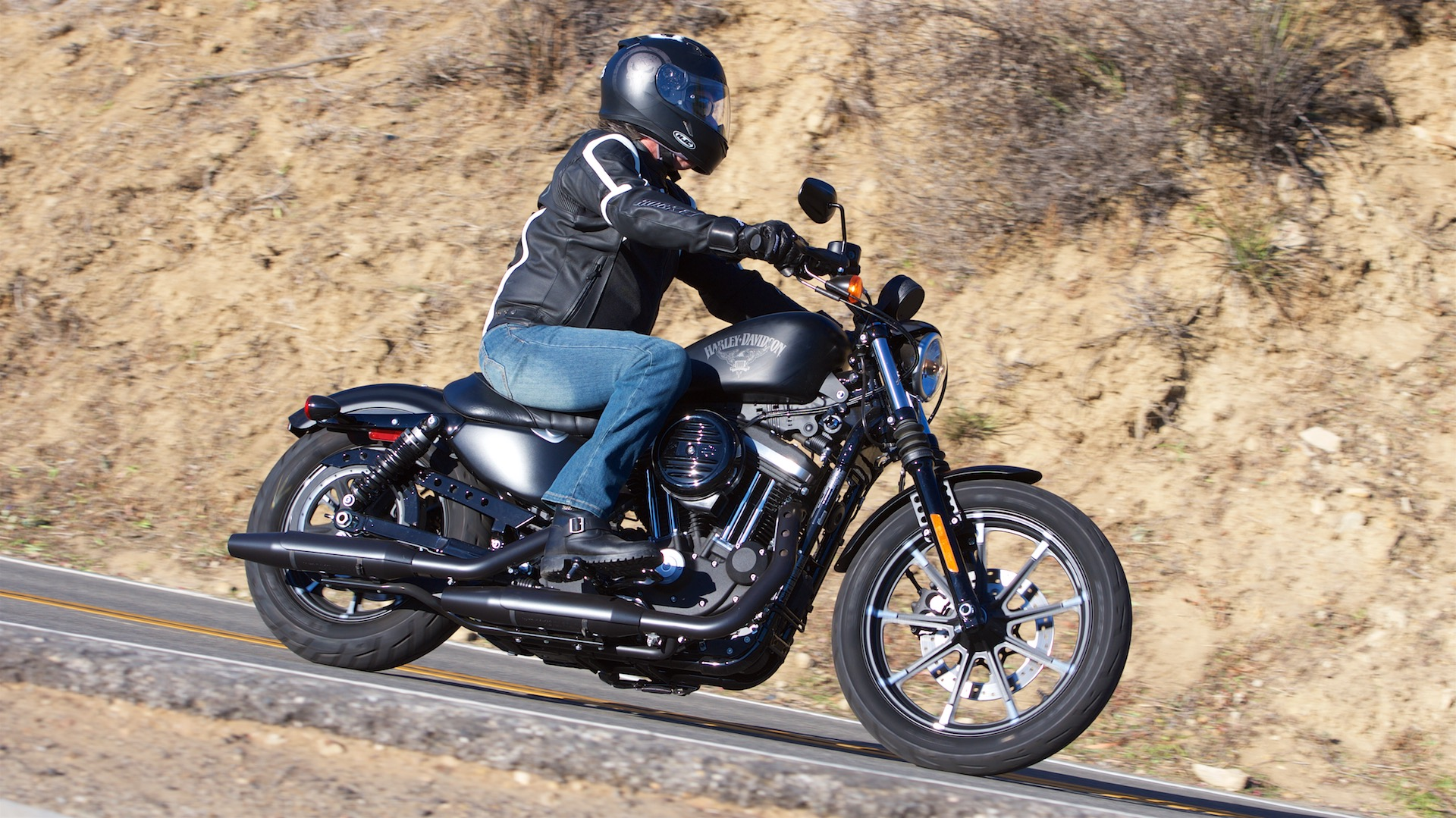 2017 Harley-Davidson Iron 883 review