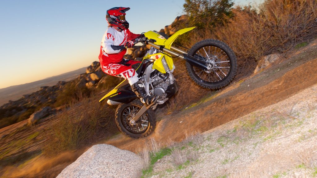 2017 Suzuki RMX450Z First Ride Test - First Review