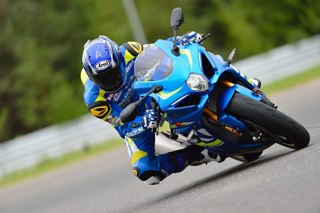 2017 Suzuki GSX-R1000 and GSX-1000R Price Announced