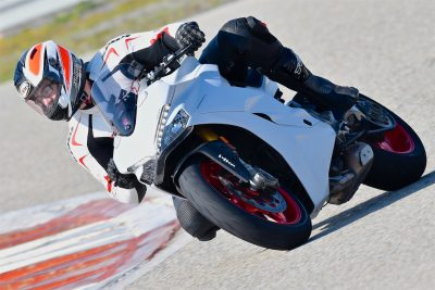2017 Ducati SuperSport S First Ride Test - Track Test
